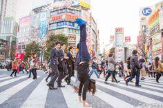 90 Monkeys co-founder Amy Ippoliti getting upside down in Tokyo!