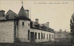 Château de Ramezay, carte postale, 1908? Montreal Ville, My Ancestors, Canada, Fiction Writing, Backdrops, Louvre, Building, Places, Old Montreal