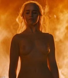 Game of Thrones' Daenerys incinerates opposition to become queen of the Dothraki | Daily Mail Online