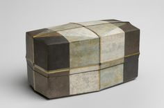 Hexagonal Box with Lid. Shiina Isamu, Japanese, born 1968. Made in Japan. Heisei Period (1989-present). 2009. Porcelain with ash glaze
