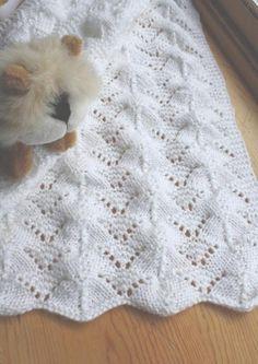 Reversible knit baby blanket pattern.