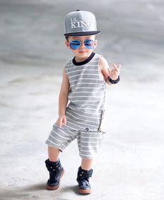Stylish Boy Clothes, Stylish Baby Boy, Stylish Kids, Baby Boy Swag, Baby Boy Dress, Baby Boy Outfits, Little Boy Fashion, Kids Fashion Boy, Cute Baby Couple