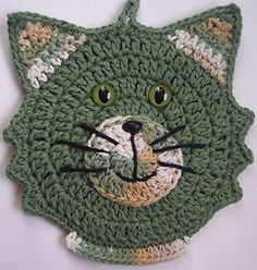 Crocheted-Cat-Potholder-Made-From-Cotton-Yarns