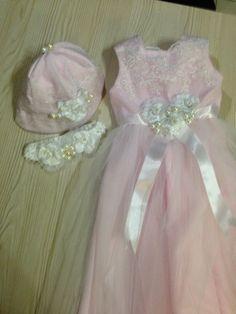 Baltismal gown