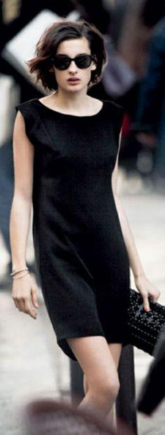 Little black dress. simplicity is beauty