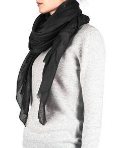 Kaschmir Schal Oversize schwarz front Winter, Fashion, Cashmere, Scarves, Winter Time, Moda, Fashion Styles, Fasion