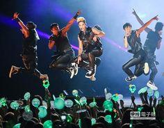Kim Hyun Joong 김현중 ♡ World Tour 2014 ♡ music ♡ dance ♡ Kpop ♡ Kdrama ♡ 北京