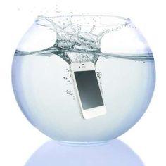 Para los tiempos de lluvia o para ir a la playa te recomendamos que protejas tu celular. #ShoppingMall #ComprasEnLinea #TransExpressDeElSalvador Disfruta la experiencia de comprar por Internet ¡Trans-Express te lo trae!  https://appl.transexpress.com.sv/shoppingmall/compras/ComprarProducto.aspx?id=5B5E5C