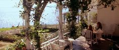practicalmagic_house_porch