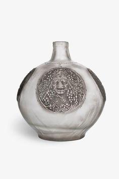 """Vase """"Quatre masques"""". 1911. H. 29cm. MAD, Paris."""
