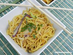 Easy Chow Mein for #SundaySupper - Momma's Meals