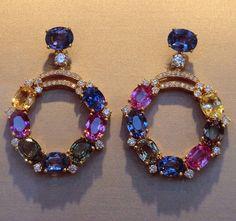 Bulgari #multisapphire #earrings #sapphire #emerald #ruby #citrine #diamond #gold #jewellery #jewelry #bijoux #gem #gemstone #amazing #cute #inspiration #beautiful #beauty #love #life #style #instamood #instagood #followme #mariigem #art #design #vintage #pretty