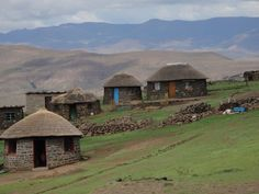 Lesotho mountain village - Lesotho - Wikipedia, the free encyclopedia African Hut, Queen Of The Damned, Old Mansions, Facts For Kids, Thatched Roof, Mountain Village, Game Reserve, Tour Operator, Canada Travel