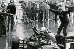 Ayrton-Senna-12