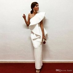 Elegant White Evening Dresses One Shoulder Ruffle Satin Sheath Floor Length Saudi Arabic Prom Dresses Evening Gowns Zipper Up Elegant Outfit, Elegant Dresses, Beautiful Dresses, Evening Dresses, Prom Dresses, Formal Dresses, Bandage Dresses, Wedding Dresses, Casual Dresses