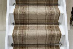 Terrific Totally Free tartan Carpet Stairs Thoughts Among the fastest methods to revamp your tired old staircase is always to cover it with carpet. Dark Carpet, Beige Carpet, Modern Carpet, Tartan Stair Carpet, Carpet Stairs, Hallway Carpet Runners, Stair Runners, Hallway Runner, Wooden Stairs