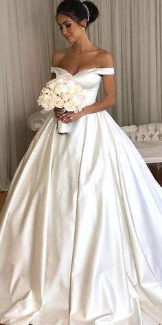 off the shoulder wedding dresses ball gown simple strapless personalised  couture Ball Gown Wedding Dresses 5a16d50d9779