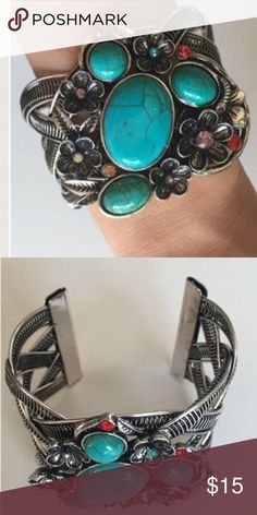 Gorgeous Bracelet 18K Plated Metals. Nickle and Lead free. Price firm. Jewelry Bracelets