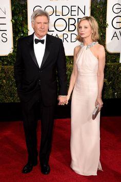 Pin for Later: Les Couples Ont Pris le Tapis Rouge D'assaut Lors des Golden Globes Harrison Ford et Calista Flockhart