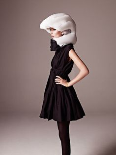Hövding: The Invisible (airbag) Bicycle Helmet