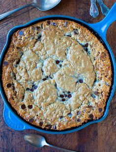 Chocolate Chip Peanut Butter Oatmeal Skillet Cookie -  Combines 3 fave cookies into 1 warm, gooey, jumbo cookie. Easy recipe at averiecooks.com