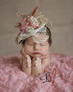 Dusty Rose, Ivory and Tan Fascinator Hat Photo Prop with Singed Satin Flower, Burlap Rolled Rosette, Lace Veil, Peacock & Ostrich Feathers Baby Kind, My Baby Girl, Baby Love, Newborn Pictures, Baby Photos, Newborn Baby Pictures, Beautiful Children, Beautiful Babies, Cute Kids