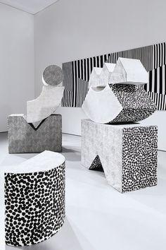 thvndermag: http://www.kristinemandsberg.com/pictures/NEW/Portfolio/soft_sculpture.html