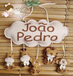 Необычные именные композиции из фетра от мастера Raquel из Бразилии, в которых легко увидеть авторский почерк. Её торговая марка называетс...
