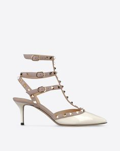 Metal Applications,Varnished effect,Buckle,Leather sole,Narrow toeline,Spike heel,