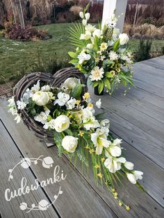 Personalized Wall Decor, Vence, Casket, Diy And Crafts, Table Decorations, Create, Ideas, Flowers, All Saints Day