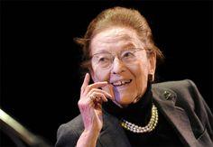 Morre aos 95 anos a escritora francesa Edmonde Charles-Roux  Photo: A escritora, jornalista e integrante da resistência francesa Edmonde Charles-Roux em imagem de 2011