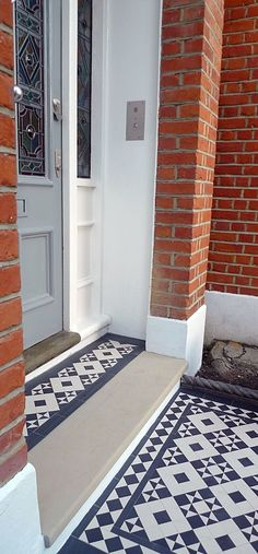 black and white victorian reproduction mosaic tile path battersea York stone rop. - black and white victorian reproduction mosaic tile path battersea York stone rope edge buxus london - Front Garden Path, Front Path, Front Door Steps, House Front Door, Garden Paths, Victorian Front Garden, Victorian Front Doors, Victorian Terrace Interior, Georgian Terrace