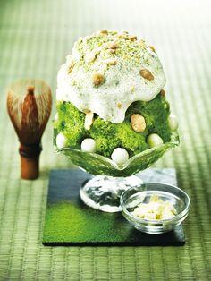 かき氷 Green Tea Dessert, Low Carb Brasil, Ramen Restaurant, Delicious Desserts, Yummy Food, Bingsu, Matcha Smoothie, Dessert Dishes, Gastronomia