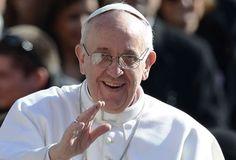 El Papa Francisco invita a 200 mendigos a cenar en el Vaticano