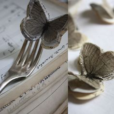 Inspiration : butterfly with old fabric + paper craft + music paper