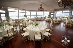 OC wedding with traditional head table - Armor and Martel