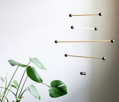 DIY Eames Inspired Mobile, by Vitamini