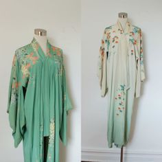 vintage Kimono / 1930s Japanese Silk Cream Reversible Robe / Green Floral