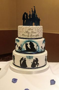 Best Picture For wedding cakes spring beautiful For Your Taste You are looking for something, and it is going to tell you exactly what you are looking for, and you didn't find that picture. Fall Wedding Cakes, Wedding Cake Toppers, Disney Wedding Cakes, Spring Wedding, Disney Inspired Wedding, Wedding Ideas, Wedding Themes, Disney Sweet 16, Cake Paris