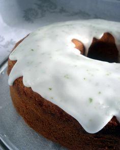 #Bizcocho #lima #pastel #limon #lemon #cake #citron #zitrone #gateau #Kuchen #glaseado #frosting #glaçage #Glasur