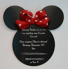 Minnie Mouse invites // alright let's have a baby so i can have a mickey and minnie party every year! Mickey Mouse Parties, Mickey Party, Mickey E Minie, Mickey Mouse Birthday, Mickey And Friends, 2nd Birthday Parties, Third Birthday, Deco Table, Party Time