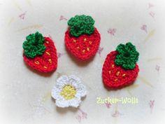 Der Preis bezieht sich auf das Set    Das Set besteht aus :  drei Erdbeeren  ein Erdbeerblüte