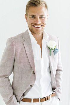 tenue mariage invité homme relax chic avec pantalon et chemise clairs pour  été Tenue Mariage Homme