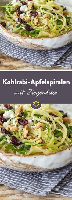 Obst- und Gemüsespiralen, Ziegenkäse, Walnüsse und Cranberries als Topping – dieser Salat ist frisch und lecker und versorgt dich mit vielen Vitaminen.