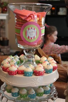 Willow House Hemingway hurricane, Gallery cake plate and Adair upside down cake stand! Living Willow, Willow House, Cake And Cupcake Stand, Cupcake Display, Fun Ideas, Creative Ideas, Party Ideas, Decor Ideas, Southern Living Homes