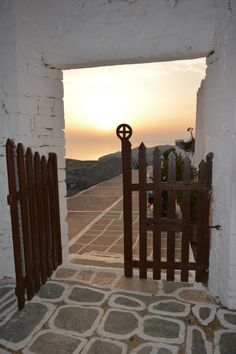 A gate to heaven! Corfu, Crete, Santorini Villas, Myconos, Greek Beauty, Greece Travel, Greek Islands, Luxury Villa, Gates
