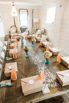 Shower Tablescape: Darling Picnic Themed Bridal Shower from Dawn Derbysh .Bridal Shower Tablescape: Darling Picnic Themed Bridal Shower from Dawn Derbysh . Picnic Bridal Showers, Bridal Shower Venues, Bridal Shower Favors, Bridal Shower Decorations, Wedding Showers, Shower Box, Baby Shower, Shower Ideas, Picnic Theme