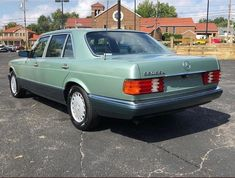 Mercedes W126, Age, Friends, Vehicles, Green, Instagram, Cars, Autos, Amigos