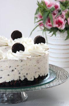 очень вкусный,лёгкий творожный торт с печеньем Орео не требующий выпечки украсит праздничный стол и как раз подходит к празднику Шавуот который мы будем…