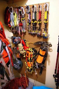 Wish I had all this Climbing gear!